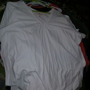 2xl white top